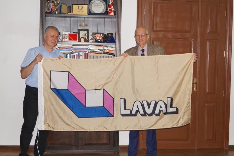 Întâlnire Botoșani - Laval: Prof. Vania Atudorei a revenit în orașul natal!