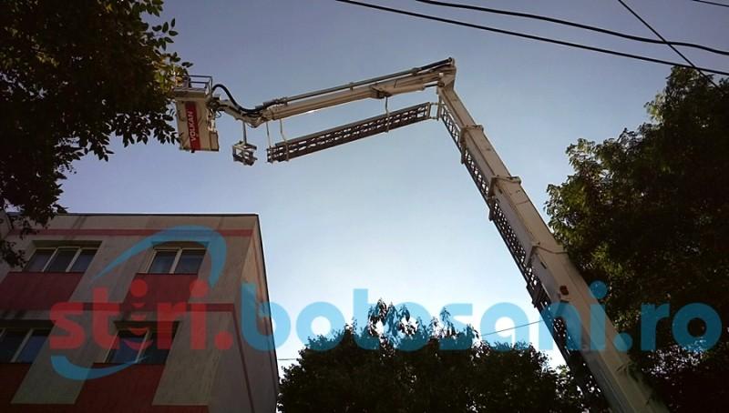 Intervenție dificilă a pompierilor botoșăneni, într-un cartier din Botoșani! FOTO, VIDEO