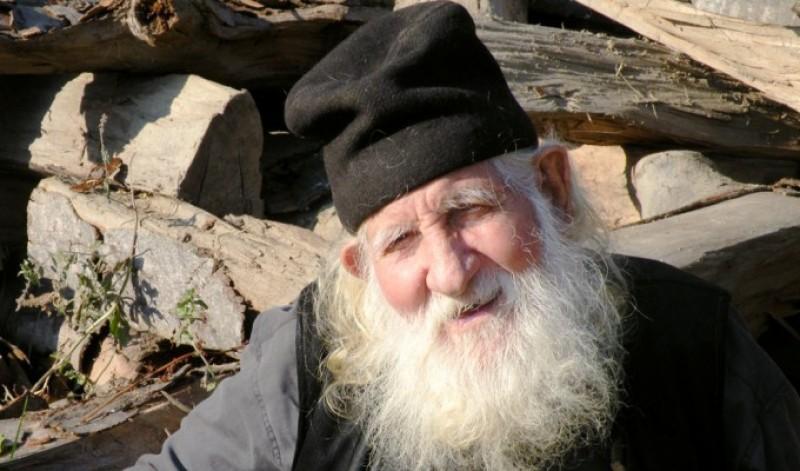 Învăţături despre postire de la Părintele Simeon de la Pătrunsa, cel care a trăit 101 ani!