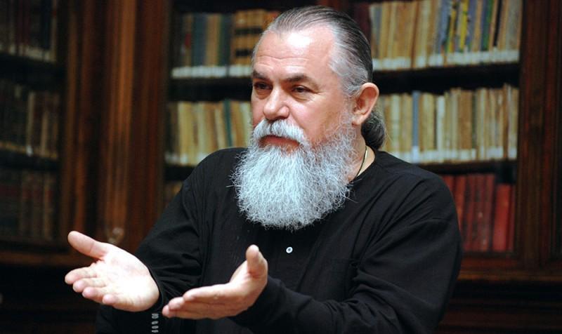 """INVITAŢIE: Cornel Constantin Ciomâzgă aduce """"Bătrânii frumoși și liberi"""" la Dorohoi!"""