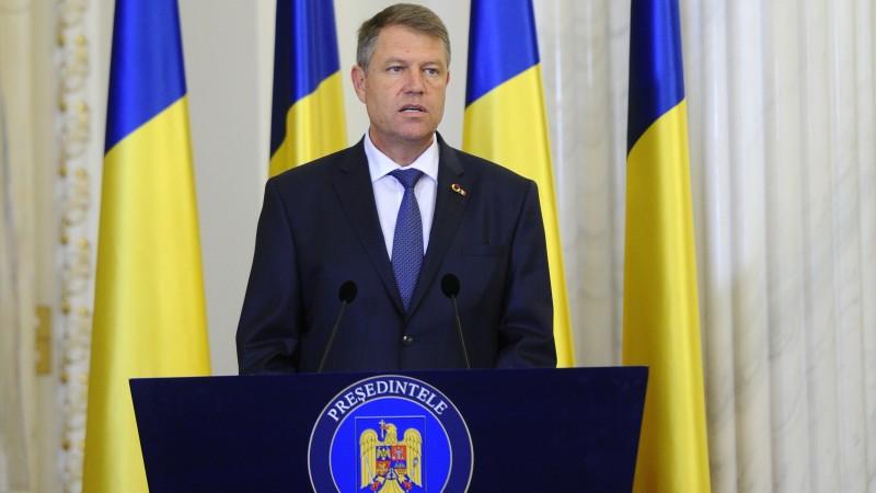 Iohannis a declanşat procedurile pentru organizarea referendumului. Grindeanu a fost informat.
