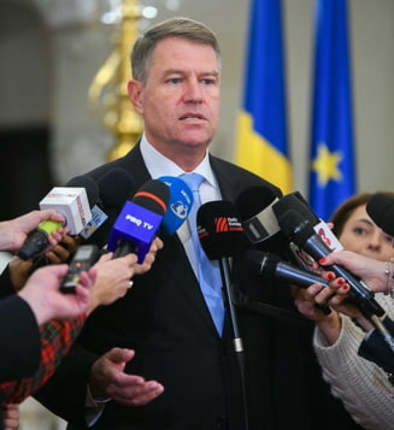 Iohannis nu accepta noii ministri: Rezolvam la CCR. De facto, Romania nu are prim-ministru