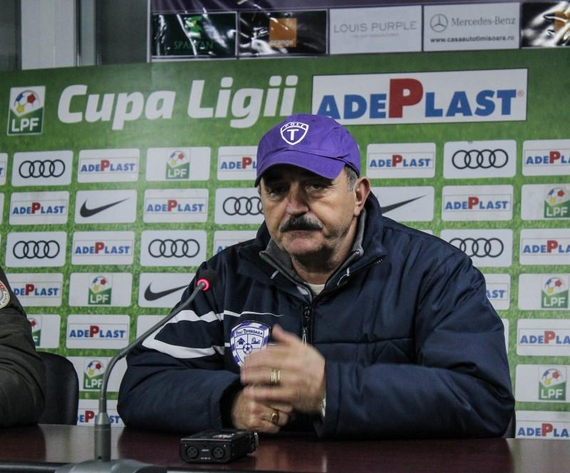 """Ionuț Popa, înaintea duelului cu FC Botoșani: """"Ne-au cam dat cu terenul în cap"""". Tehnicianul îi ia apararea lui Leo Grozavu!"""