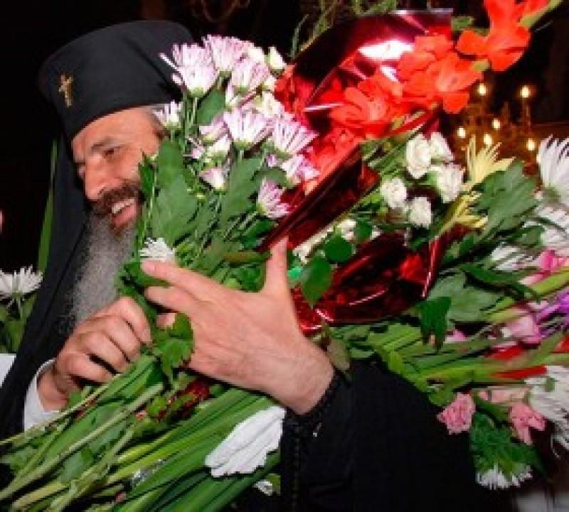 IPS Teofan, Cetățean de Onoare al Botoșanilor, împlinește astăzi 58 de ani!