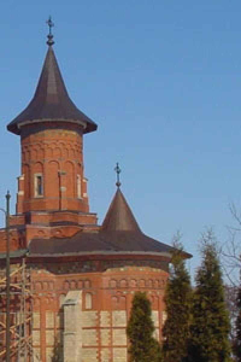 """IPS Teofan slujeste, astazi, la Manastirea """"Sfantul Nicolae"""" Popauti"""