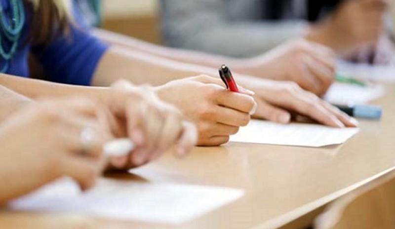 ISJ Botoșani: înscrierea candidaților la examenul național de bacalaureat, sesiunea iunie-iulie 2020, va avea loc în perioada 3-10 iunie 2020