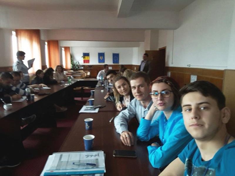 Noi voluntari pregătiţi să salveze vieţi alături de angajaţii ISU Botoşani