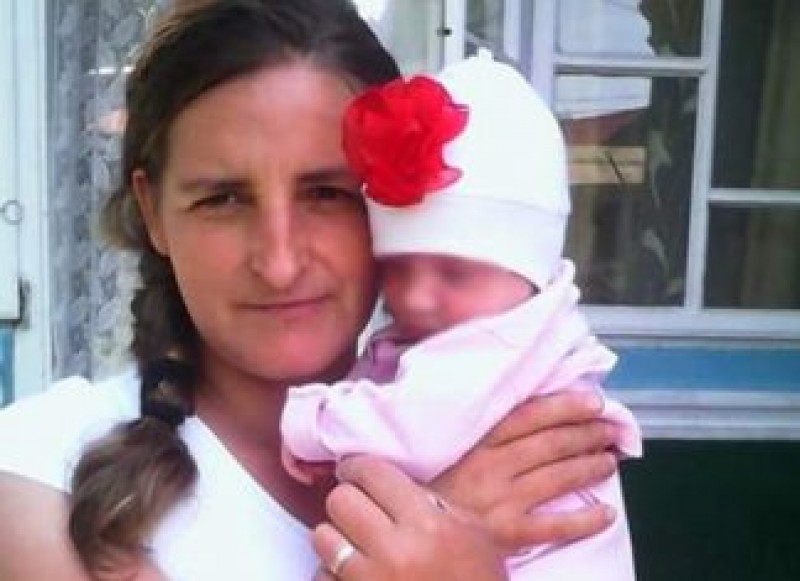Italia, drama unei familii de români: Mihaela, o femeie din Botoșani, moare la câteva ore după ce dă naștere fetiței sale!