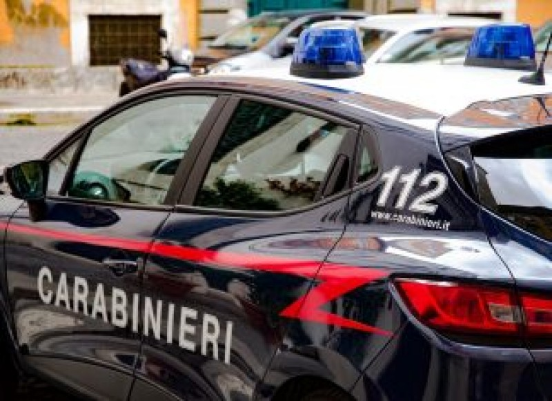 Italia: Șofer român pe camion, găsit fără viață de colegii săi într-o parcare pentru vehicule de mare tonaj