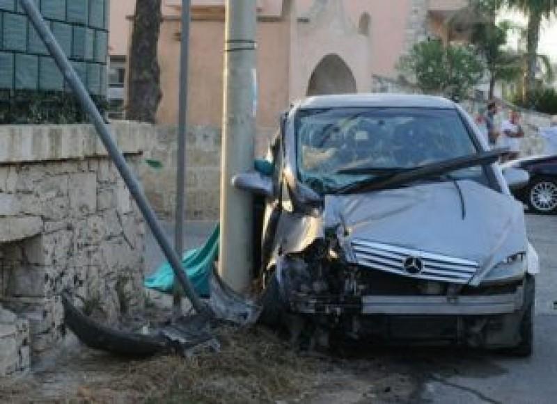 Italia: Șofer român ucis de un camion condus de un bărbat italian. Șoferul camionului fuge de la locul accidentului