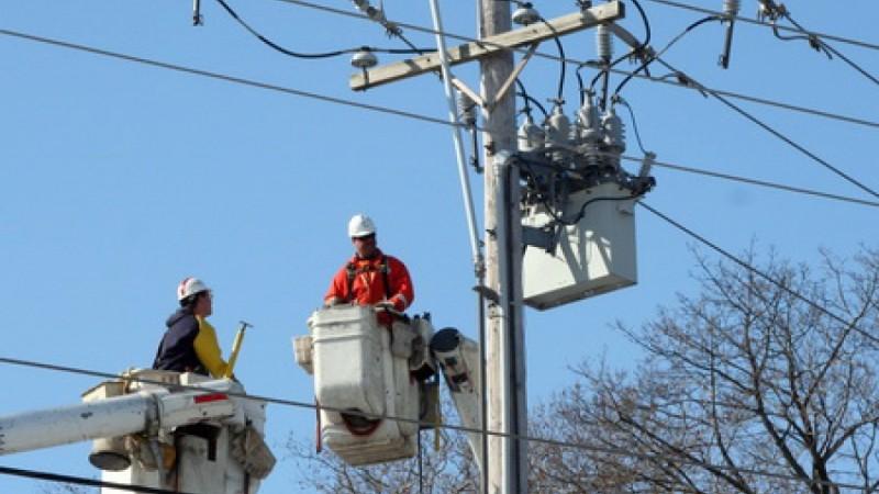 ITM Botoşani a verificat angajatorii care desfăşoară activităţi de transport şi distribuţie energie electrică