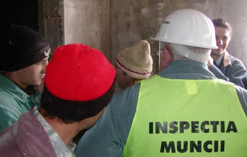 ITM Botoșani: în septembrie au fost găsite 21 de persoane muncind la negru, fără contracte de muncă