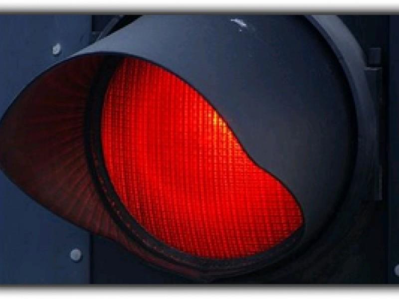 Izbit la semafor, de un șofer din Botoșani care nu a păstrat distanța regulamentară!
