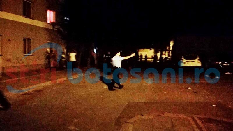 Scandalagii cu tupeu, la ghetourile din Parcul Tineretului: Jandarmi înjuraţi în timpul intervenţiei de marţi seara!