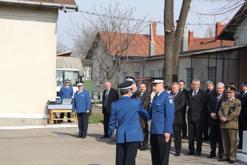 """Jandarmi recompensati cu """"multumiri"""" si """"felicitari"""" de ziua lor!"""