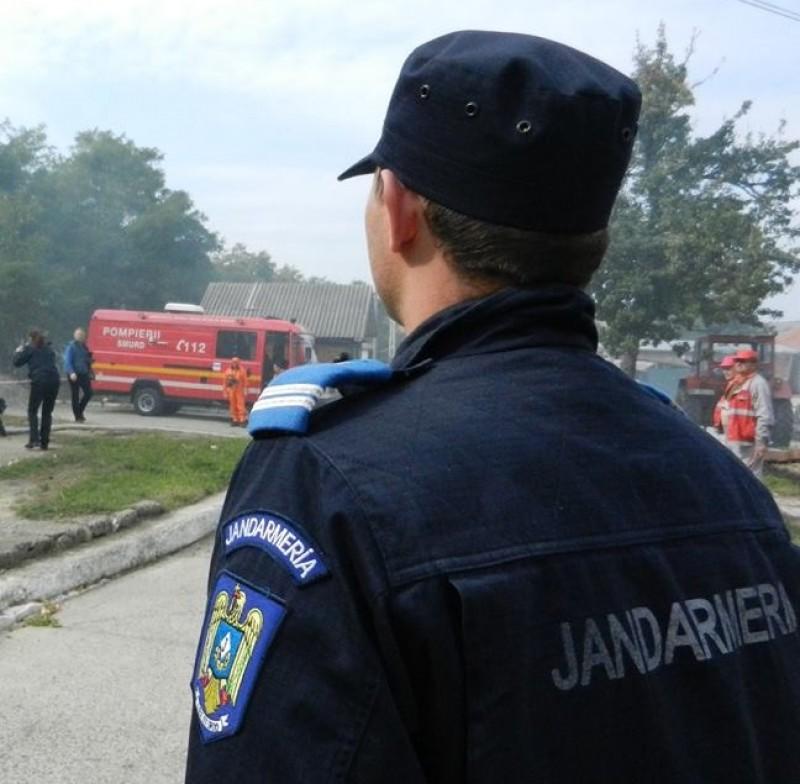 Jandarmi, polițiști și pompieri mobilizați în satul unde s-a descoperit cazul de antrax