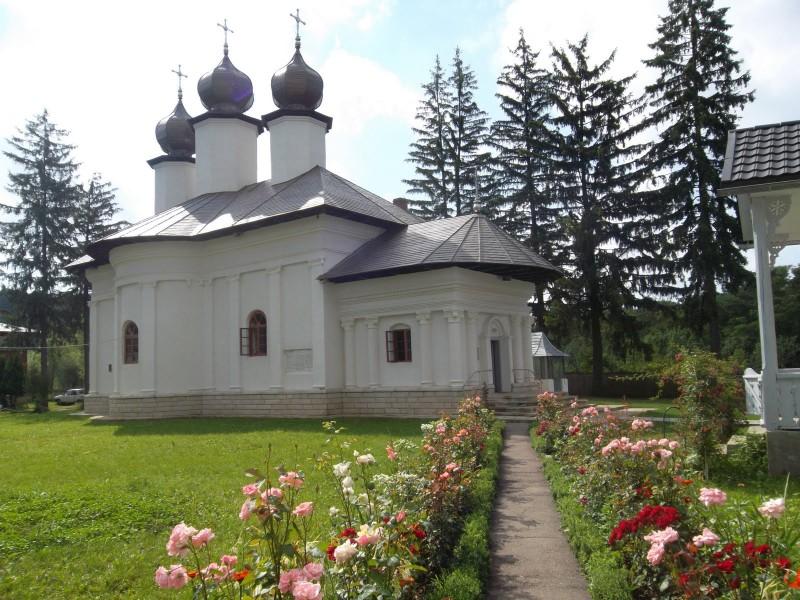 Jandarmii vor fi cu ochii în patru privind măsurile anti-COVID, la hramul Mănăstirii și Sihăstriei din Vorona
