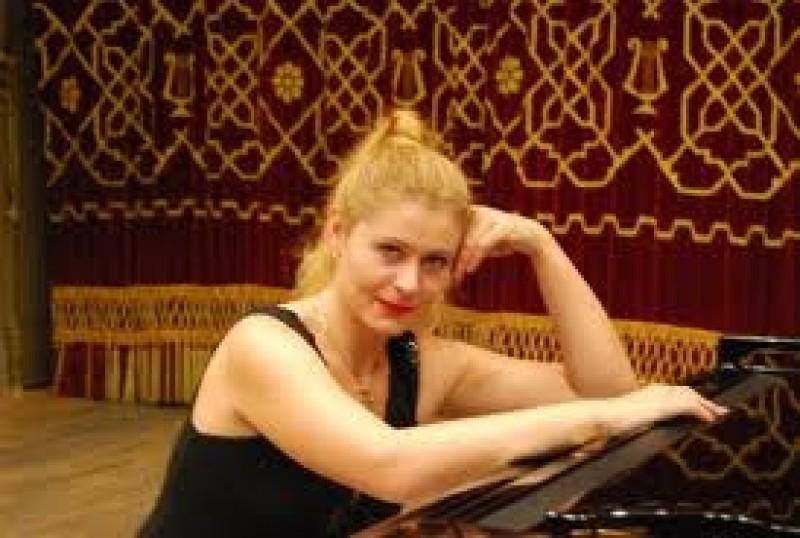 JOI: Concert simfonic cu prime auditii pe scena Filarmonicii Botosani!