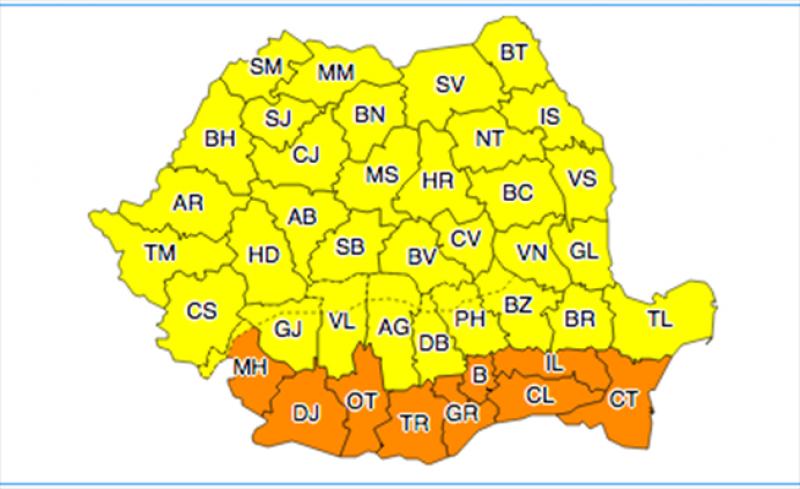 Județul Botoșani, sub Cod Galben de vijelii, ploi torențiale și grindină!