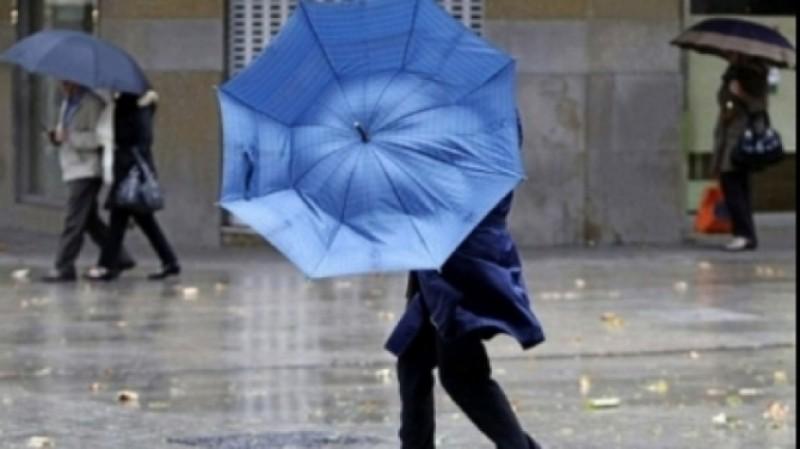 Județul Botoșani, sub Cod Galben până joi seara: Ploi torențiale, grindină și descărcări electrice!