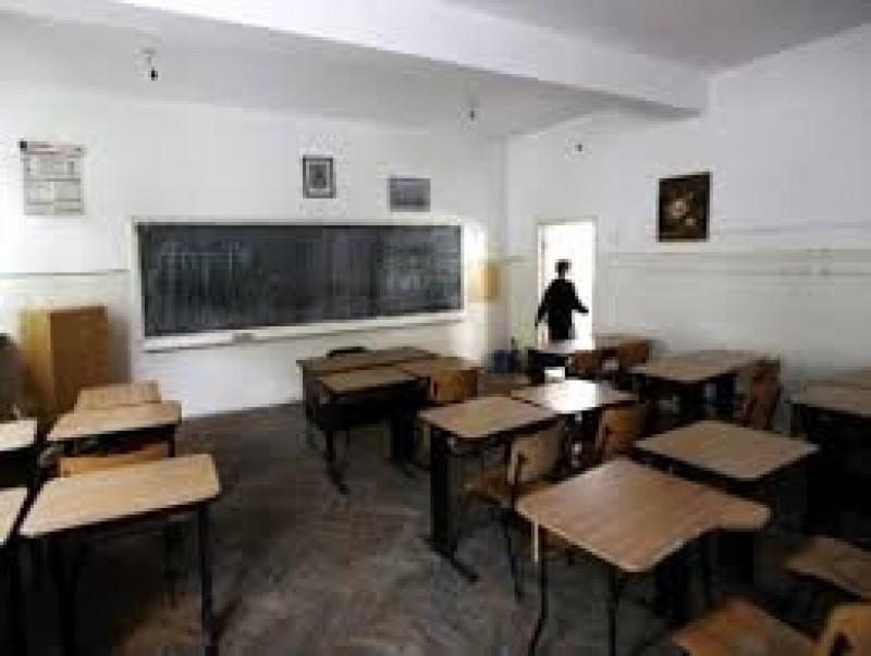 Jumătate din şcolile din judeţul Botoşani nu au autorizaţie sanitară! Vezi unde sunt cele mai mari probleme!