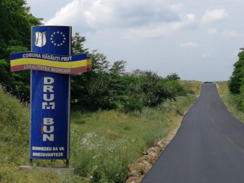 La ceas de sărbătoare, conducerea DRDP se laudă cu realizarea de la Rădăuți-Prut și așteaptă noua provocare: drumul Târgu Frumos - Botosani