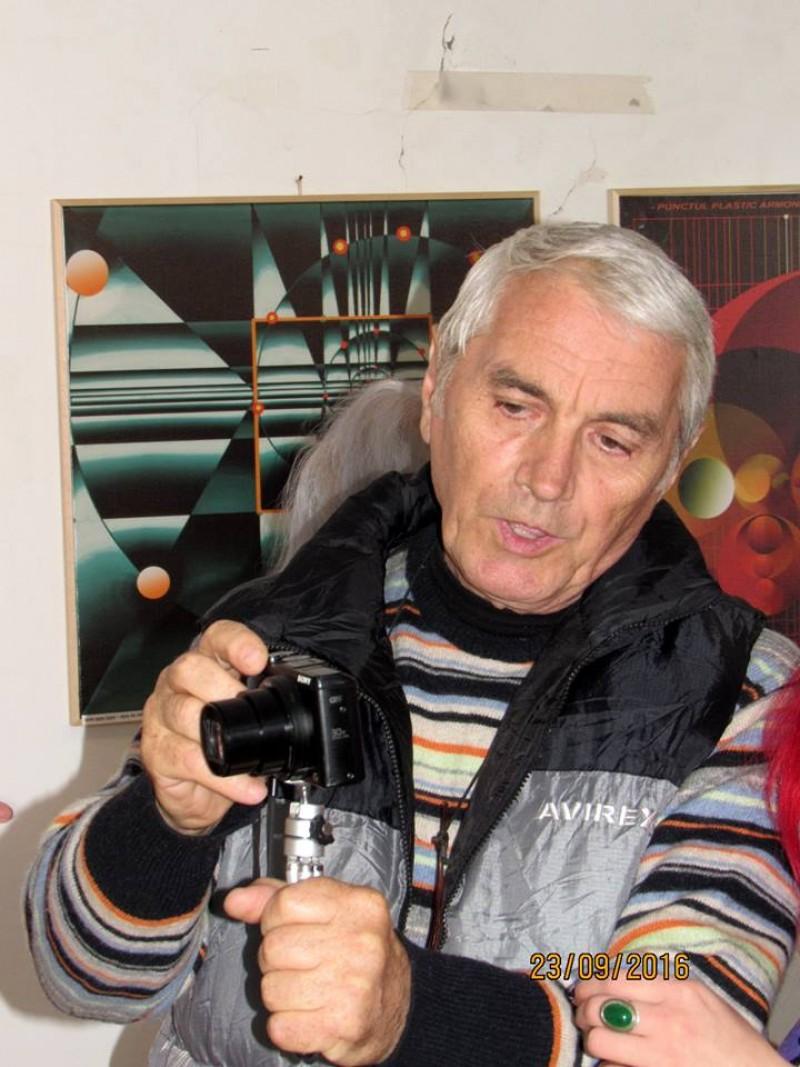 La mulți ani, Victor Foca!