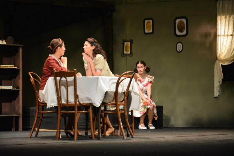 La Teatrul Mihai Eminescu Botoşani: Prinţesa - un început de stagiune ratat, în premieră, cu diplomaţie