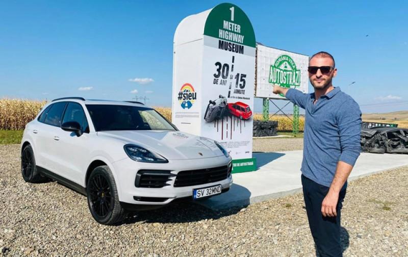 Constructorul singurului metru de autostradă din Moldova, Ștefan Mandachi, a devenit cetățean de onoare al Sucevei. Omul de afaceri își lansează mâine la Botoșani și primul film protest