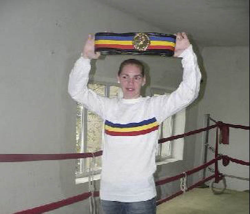 LARISA ROSU - Se bate doar pentru medalii!
