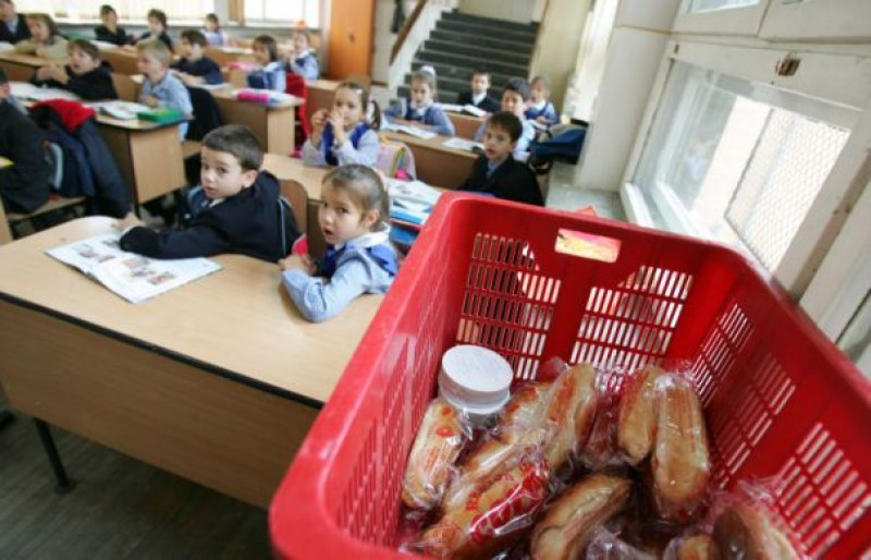 Legume, fructe, lactate și cornuri pentru preșcolari și școlari!