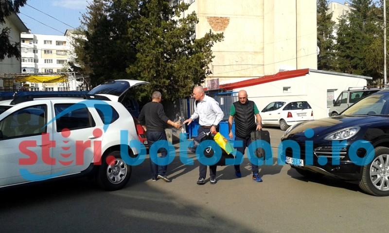 "Leo Grozavu a ajuns la Botosani! Si-a cerut scuze de la suporteri: ""Daca am gresit vreodata, imi cer scuze"" - FOTO"