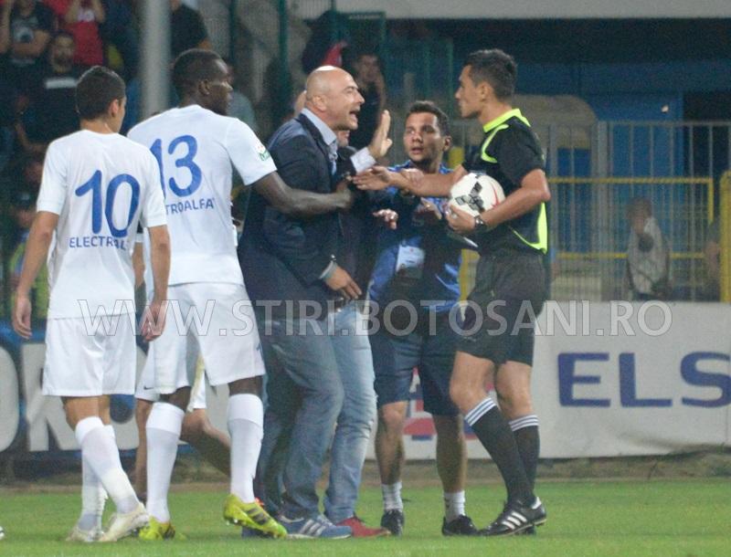 Leo Grozavu a fost suspendat, dupa iesirea nervoasa din meciul cu Dinamo Bucuresti!