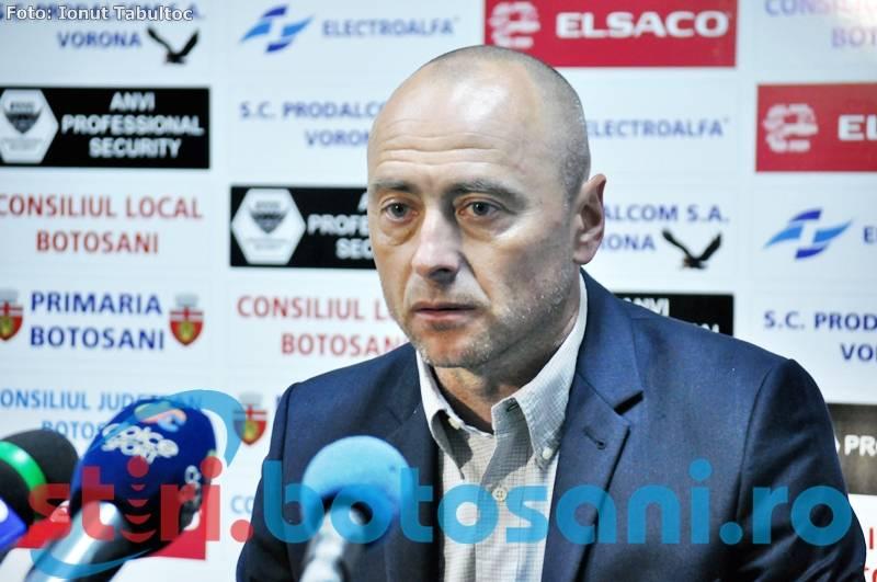 """Leo Grozavu, dupa infrangerea de la Ploiesti: """"Echipa trebuie să reacţioneze, cu sau fără antrenor"""""""