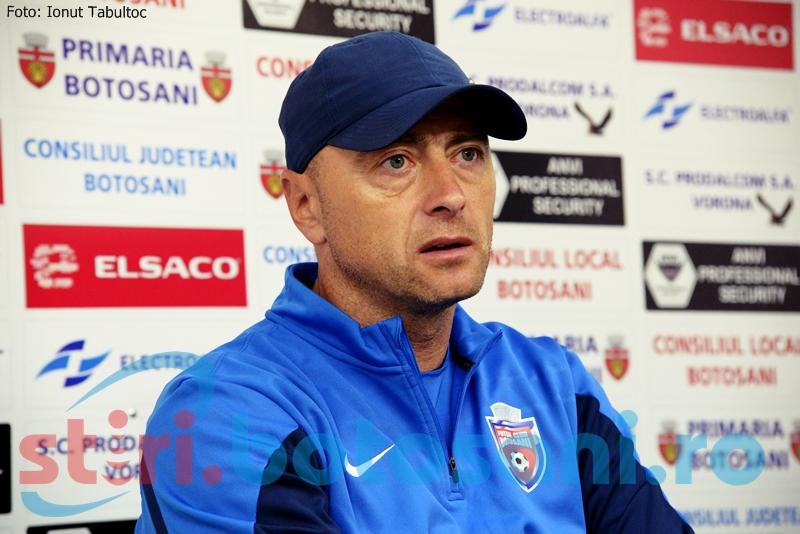 "Leo Grozavu, extrem de nervos inaintea meciului cu FC Brasov: ""Ma deranjeaza cand cineva ne acuza ca rezultatele obtinute sunt necinstite"""