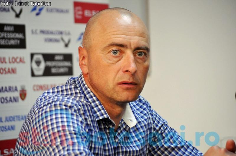 """Leo Grozavu: """"Am început jocul cu niște anomalii care se pot întîmpla doar în campionatul românesc"""""""