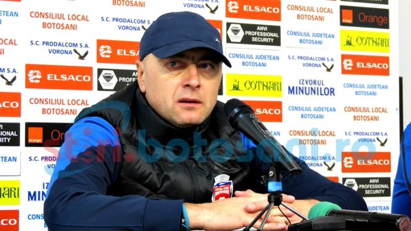 """Leo Grozavu: """"Trebuie să intrăm încrezători în teren"""""""