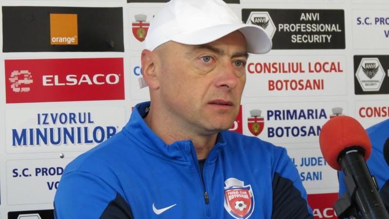 Leo Grozavu și-a cerut scuze suporterilor, după umilința de la CFR Cluj! VIDEO