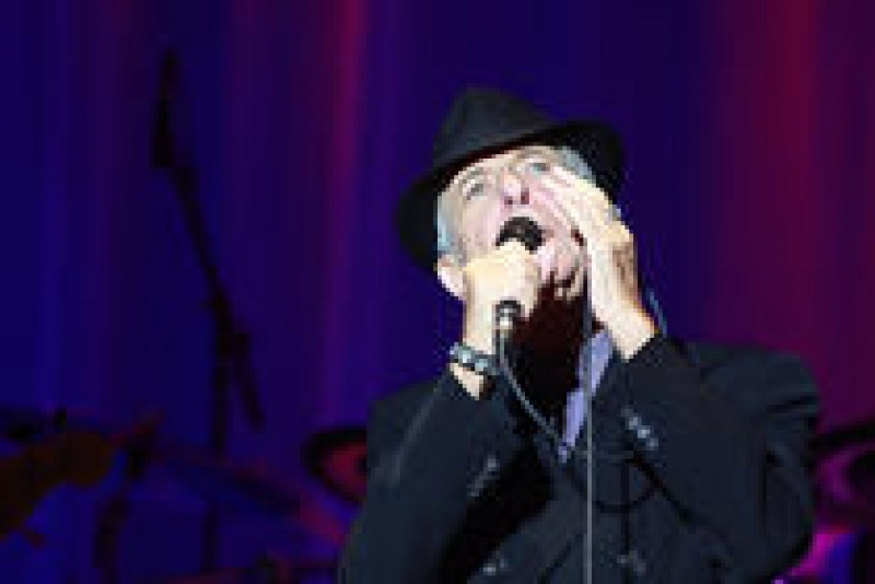 Leonard Cohen, intr-o scrisoare catre muza sa, Marianne, aflata pe patul de moarte: Cred ca te voi urma foarte curand! VIDEO