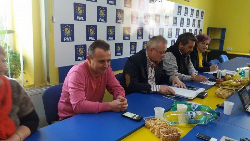 """Liberalii de la Botoşani vor să dea jos Guvernul PSD-ALDE. """"Dacă nişte nepricepuţi…"""""""