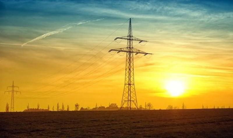 Liberalizarea pieței de energiei de la 1 ianuarie 2021 le va reduce românilor facturile la energie