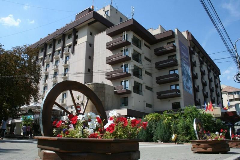Licitație publică pentru vânzarea Hotelului Rapsodia, pe 21 noiembrie!