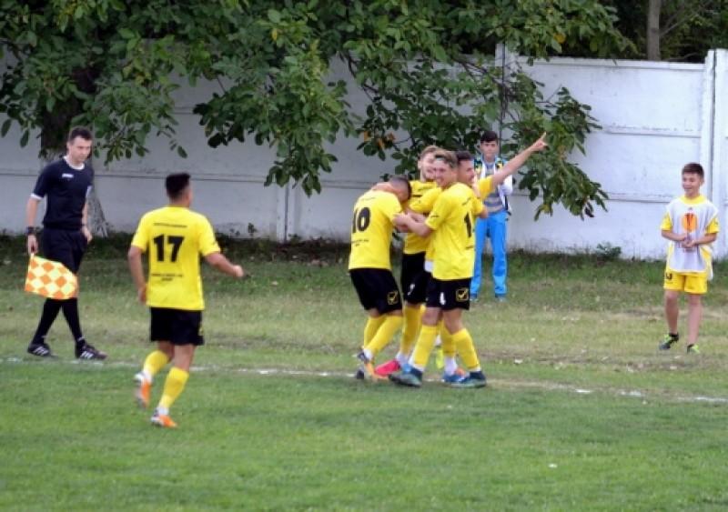 LIGA 3: Meci NEBUN la Darabani, in fata echipei lui Cristi Popovici! Gazdele aveau 3-0 in minutul 60, insa ce a urmat a fost de cosmar!