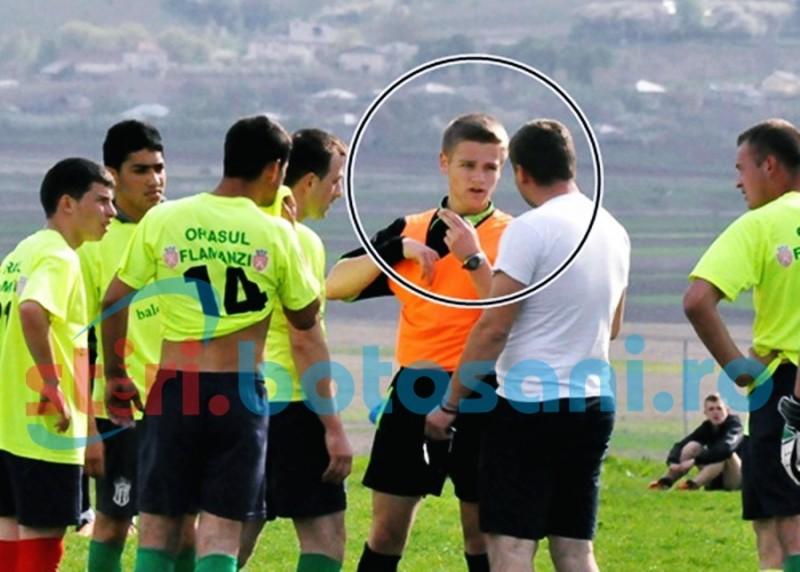 LIGA 4: Arbitru lovit de fostul antrenor al FCM Dorohoi si strans de gat de un presedinte de club! FOTO