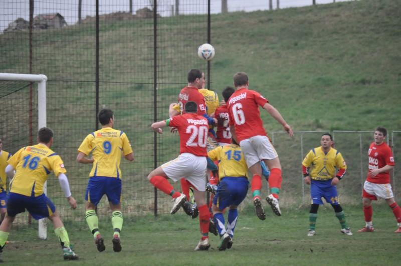 Liga 4: Prima etapa a Campionatului Judetean a debutat cu trei partide amanate - REZULTATE