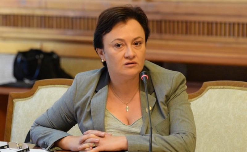 """Liliana Mincă, tot mai marginalizată? Lider Pro România: """"Nu mergem noi de braț la plimbare"""""""