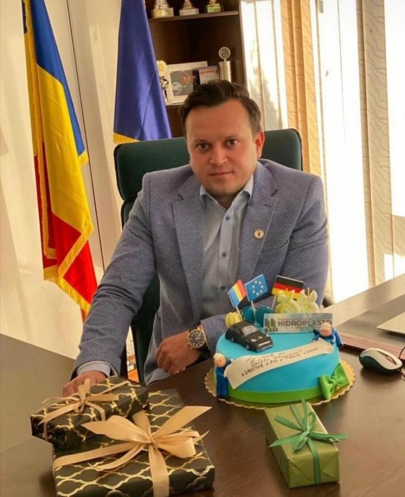 Listă de dorințe inedită a unui afacerist botoșănean, de ziua lui: drumuri modernizate, autostradă, parc industrial, fabrici