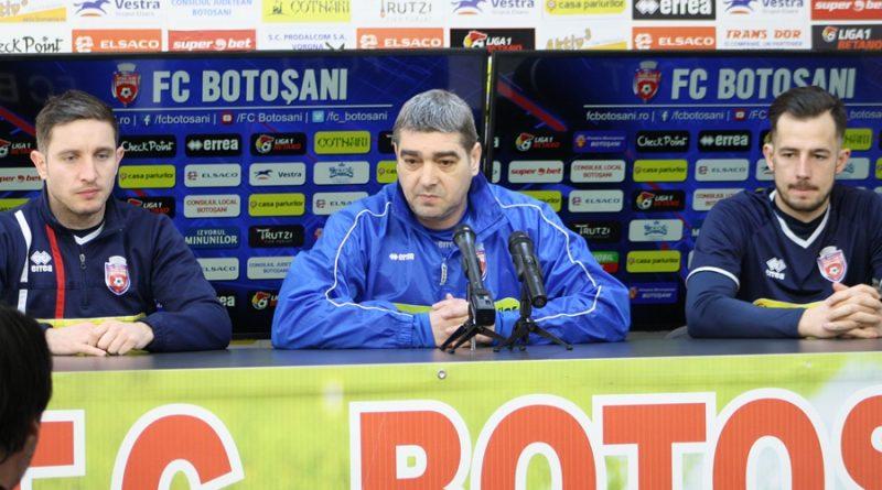"""Liviu Ciobotariu: """"Sunt convins că cei care au jucat mai puțin abia așteaptă să intre și să demonstreze că merită să fie la această echipă"""""""