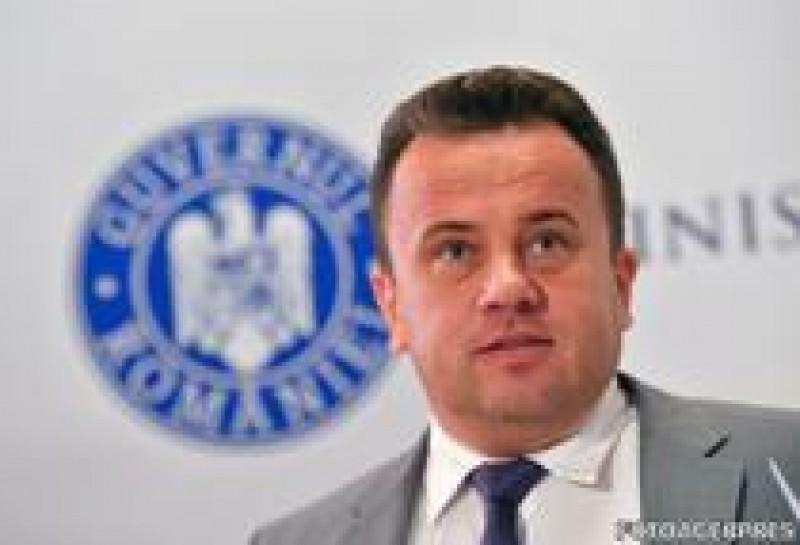 Liviu Pop: Exista in bugetul Ministerului Educatiei Nationale sume suficiente pentru plata integrala a salariilor