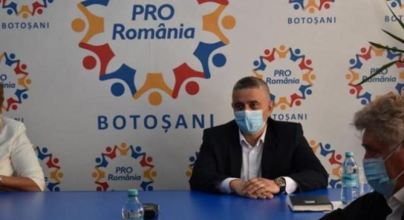 """Liviu Toma, atac spre Flutur. Lidera Pro România din Botoșani: """"Primarul organizează o festivitate prin care își anunță eșecul propriei promisiuni: tramvai civilizat"""""""